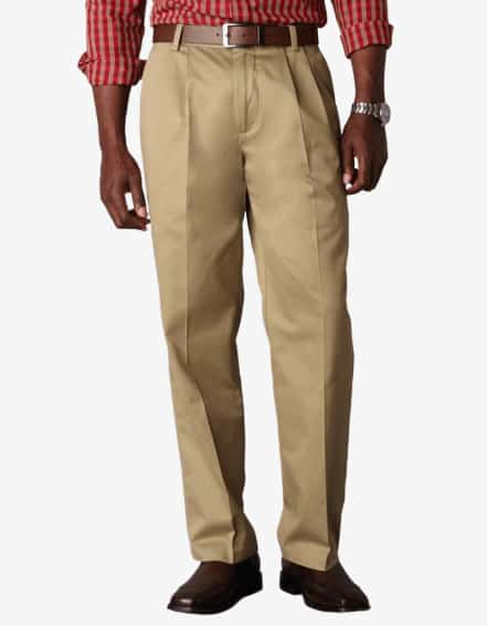 Dockers D3 Classic Fit Pleated Khaki