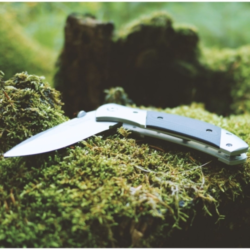 Pocket knife: father's Day gift ideas